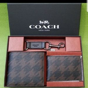 🆕️Coach 3 in 1 Wallet Gift Box Set